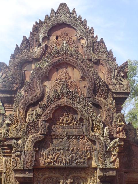 2007 Cambodia Banteay Srei temple 31.jpg