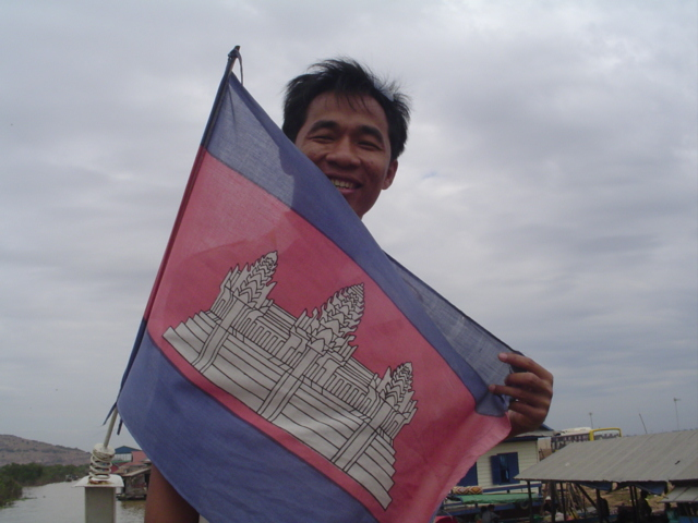 2007 Cambodia Lake Tonle Sap floating village and our guide 02.jpg
