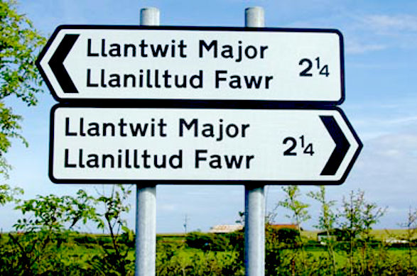 Confusing sign in Wales