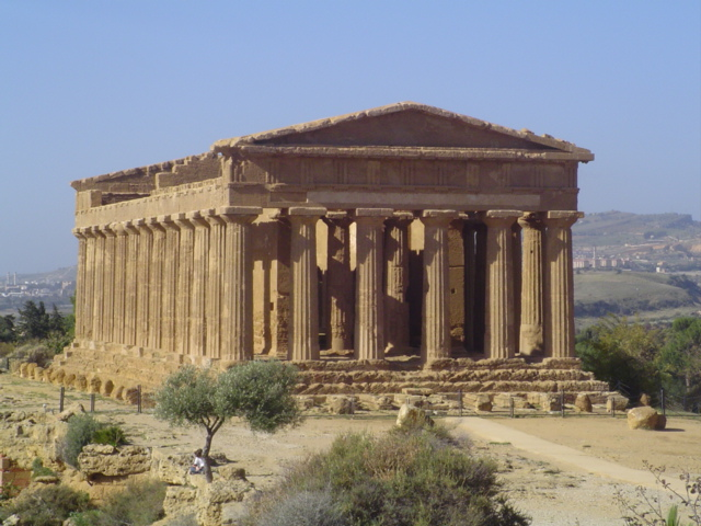 2007 Agrigento Temple of Concord 04