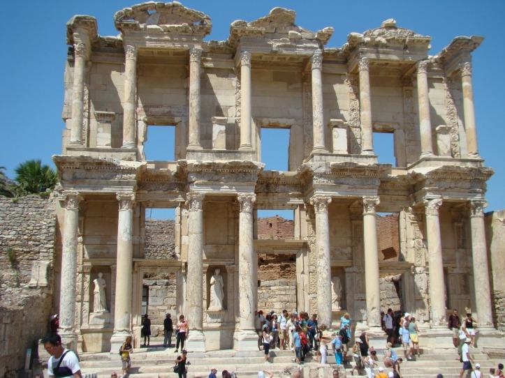 2009 Ephesus Library of Celsus 06